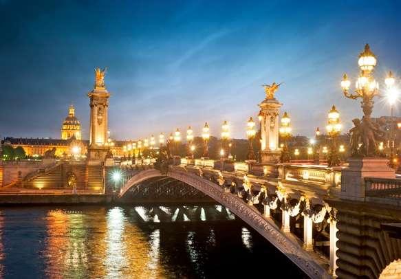 Enjoy an evening together while strolling on Alexandre 3 Bridge Paris