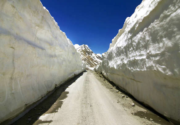 The dynamism of Barlachala Pass will bowl you over