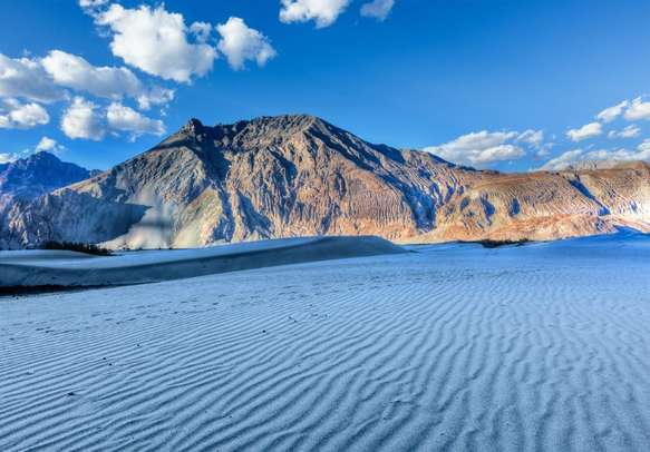 The irresistible beauty of Nubra Valley will leave you spellbound