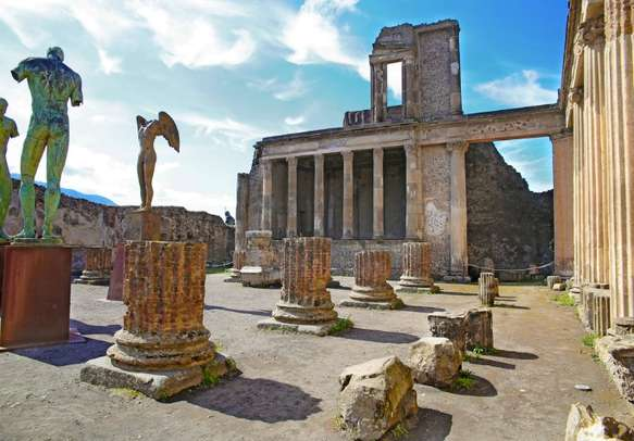 These ruins of Ancient Pompeii are breathtaking