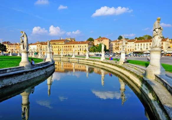 Watch the timeless statues of Padua