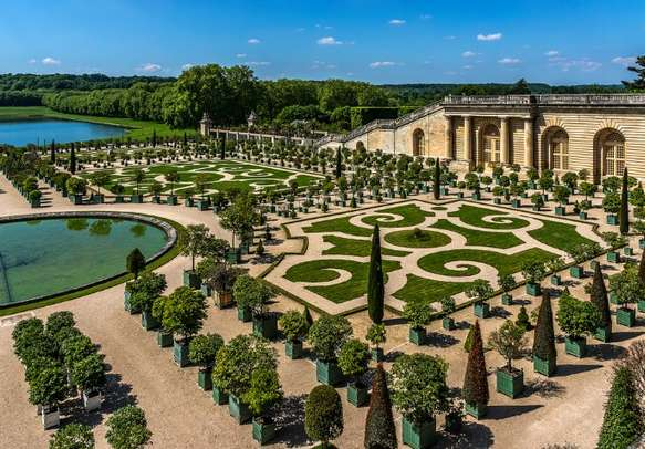Visit the Versailles Gardens in Paris on this Europe itinerary.