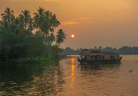 A beautiful sunrise at the backwaters