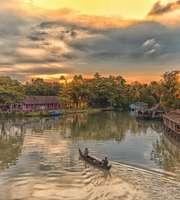 Kumarakom Houseboat Package