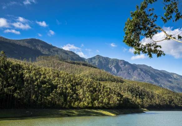 Visit the Echo Point on this Kerala holiday tour.