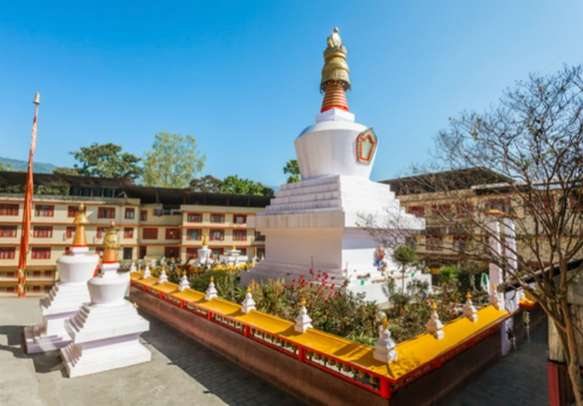 Do Drul Chorten stupa is a sight to behold on this Sikkim tour.
