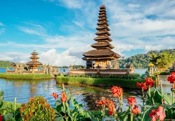 Take a tour of the Pura Ulun Danu Bratan temple in Bali island.