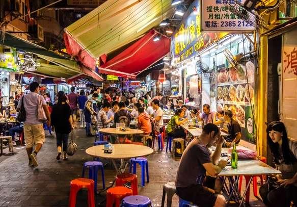 Go shopping for fun souvenirs on this Hong Kong family trip.