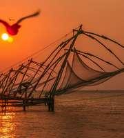 Kochi, Alleppey, Munnar & Thekkady Honeymoon Delight Package