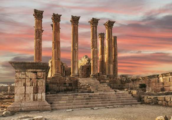 Visit the Temple of Artemis in the ancient Jerash city