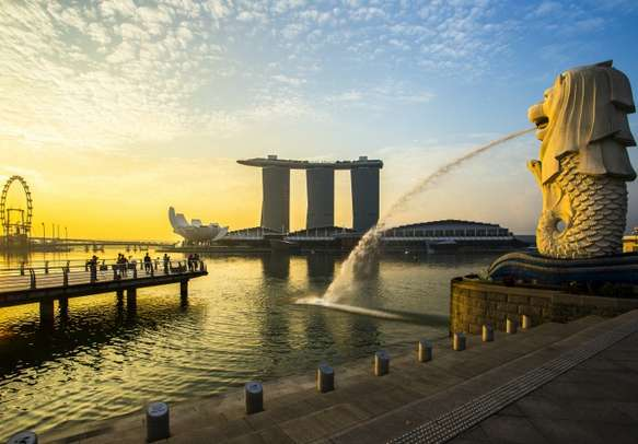 An evening view of iconic Merlion statue in Singapore