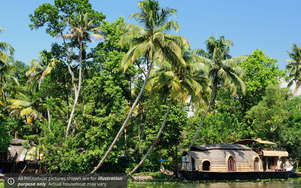 RT Alleppey Houseboats