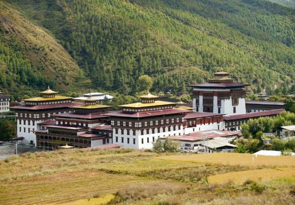 A beautiful monastery on the banks of Wangchu River