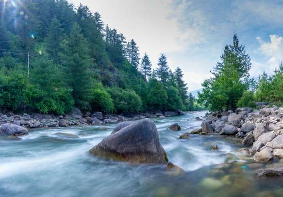 The wildly flowing Paro chhu river