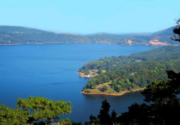 Drink in the beauty of Umiam Lake in Shillong