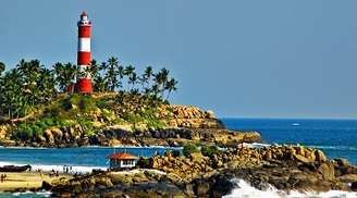 The incredible lighthouse beach in Kovalam