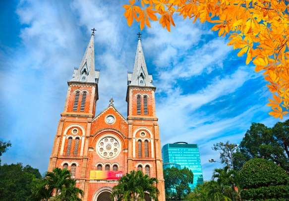Seek blessings at Notre Dame cathedral in Ho Chi Minh City