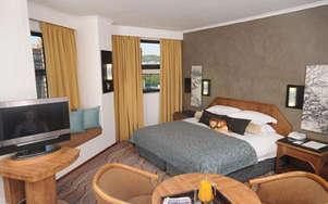 Centurion Lake Hotel