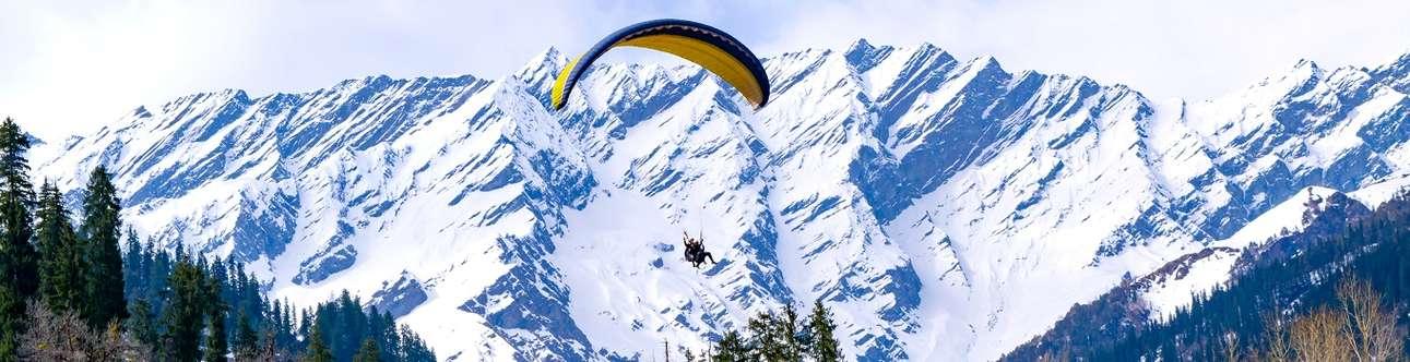 Paragliding in Kasauli