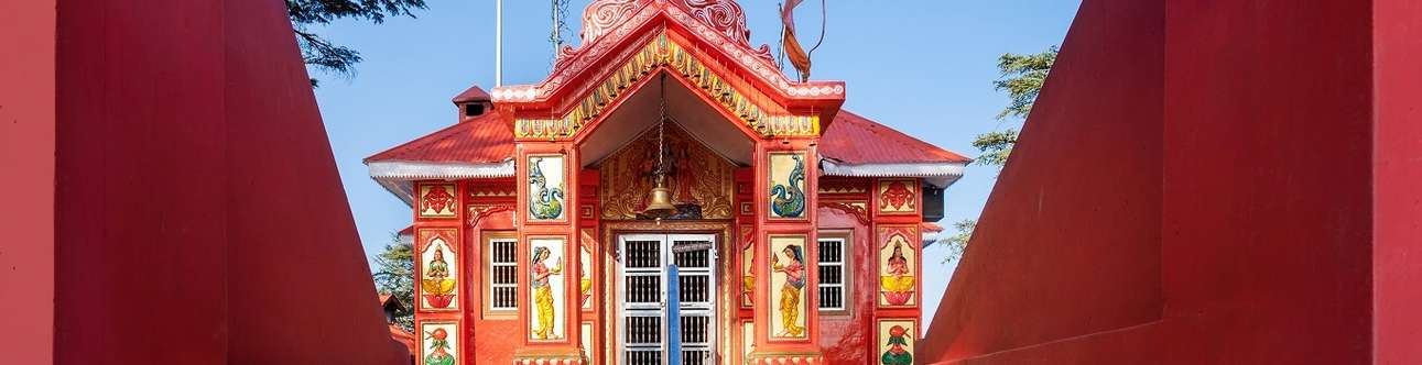 The spectacular Jakhu Temple in Shimla