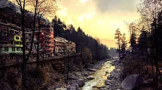 Witness the rich culture of old Manali
