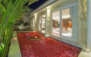 Crown Bali Villa Seminyak