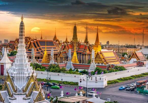Visit the Grand Palace, the official residence of the Kings of Siam