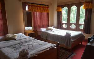 Tashi Lhading Home Stay Resort