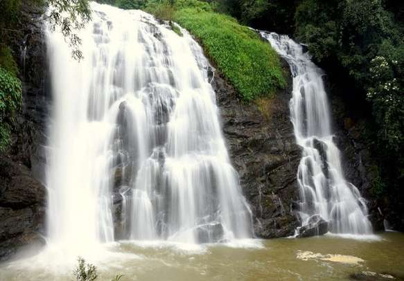 Prepare to be amazed by awe-gasping Thirparappu Waterfalls