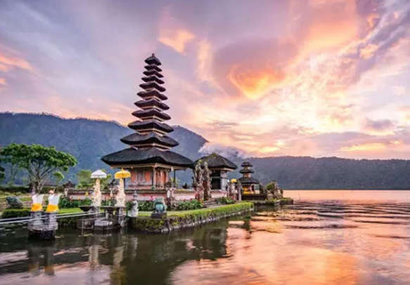 Famous landmark Pura Ulun Danu Temple in Bali