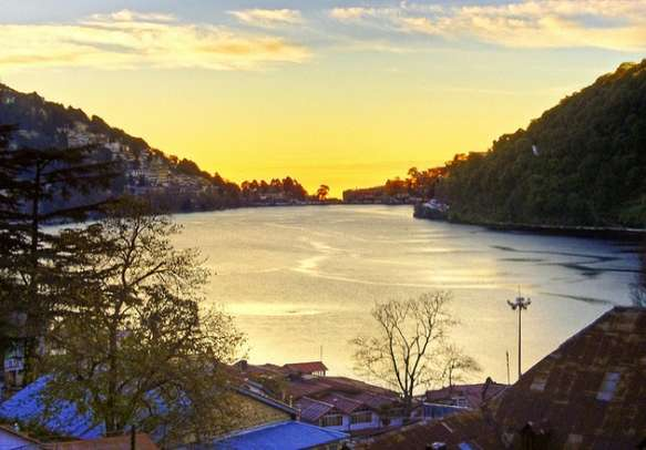 The alluring views of Nainital will leave you awestruck
