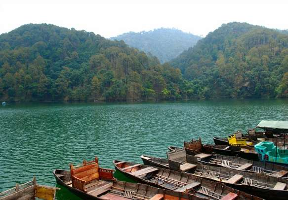 Enjoy the stunning view of the azure lakes in Nainital