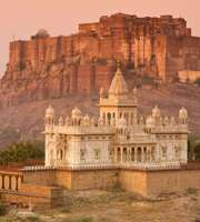Alluring Udaipur Tour Packages From Ahmedabad