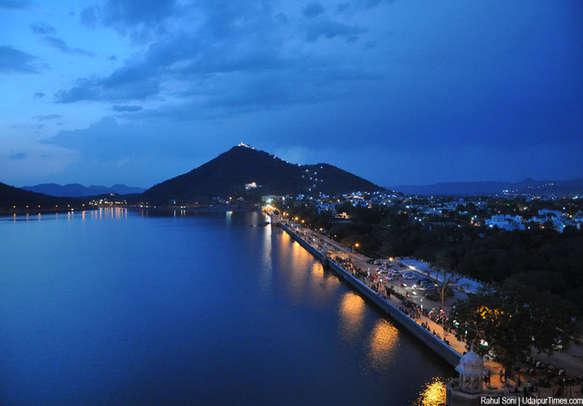 Heavenly beautiful Fateh sagar lake