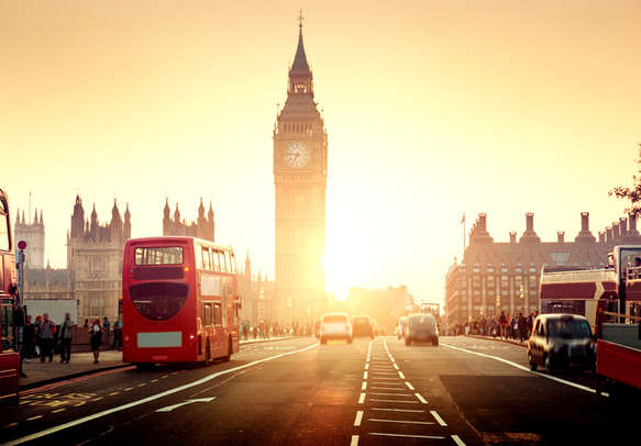 Visit the top attractions of London