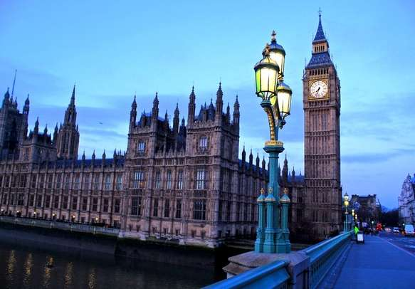 Get your best shots in London in the backdrop