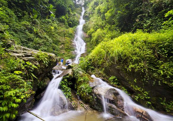 Surreal Kanchanjungha waterfalls