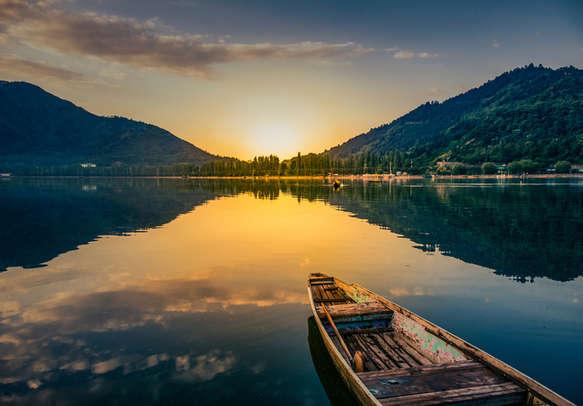 Picturesque lake visit