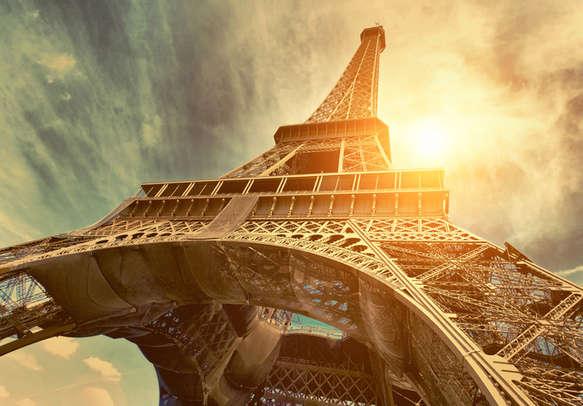 Enjoy the beauty of Paris