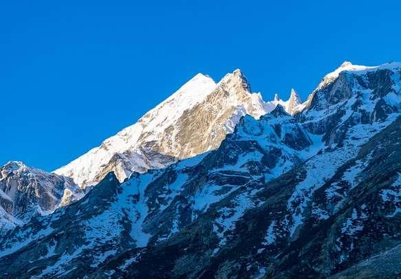 Glistening mountain peaks of Gangotri