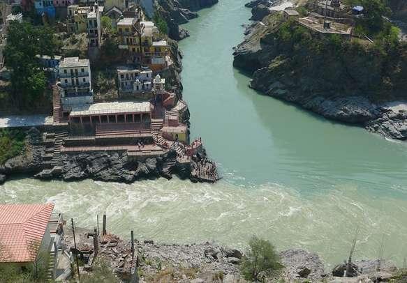 Visit Devprayag, a popular Hindu pilgrimage settled in the Himalayan range