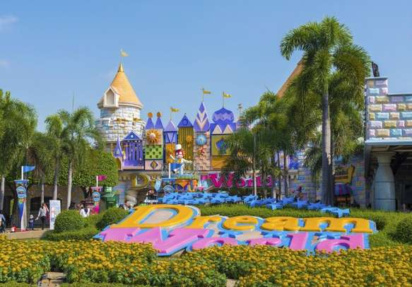 Have a great time at Theme Park in Bangkok