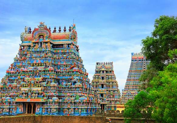 Vizag is an ideal blend of shorelines, colourful temples, and green valleys