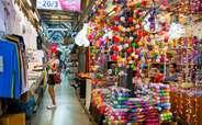 Go shopping at the markets in Bangkok