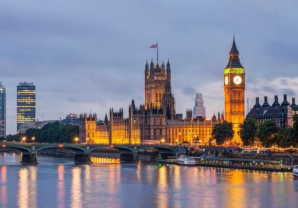 Mesmerizing view of London at night
