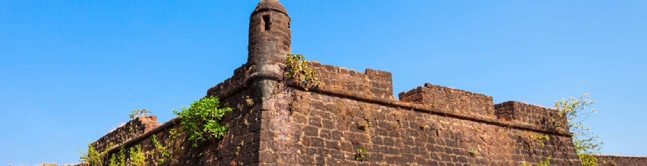 Chapora fort is a historical monument in goa