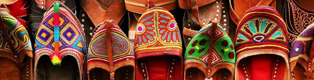Enjoy shopping at hall bazar