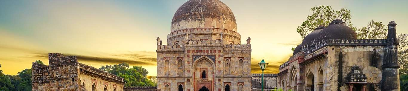 Gorgeous Delhi is ideal for a honeymoon