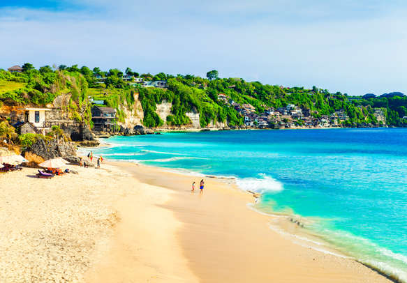 welcome to this sun-kissed beach