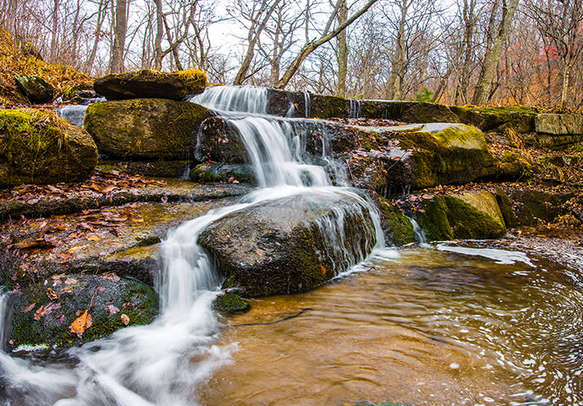 Be spellbound by the beauty of Silver Cascade Waterfalls